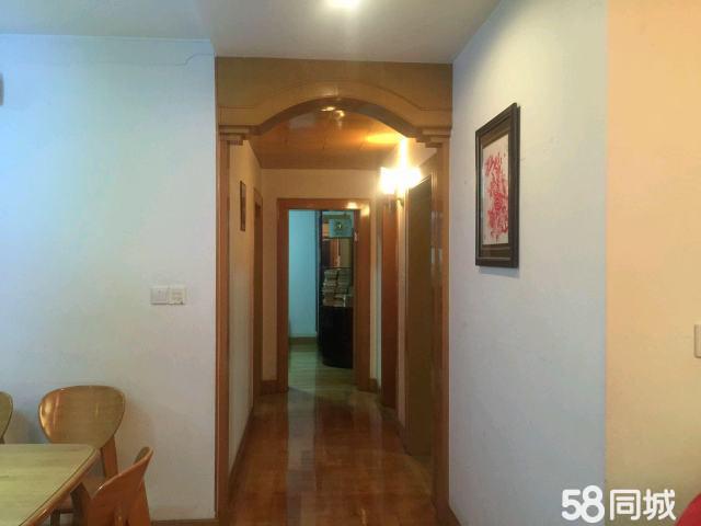 蕉城国税花苑3室2厅2卫145㎡