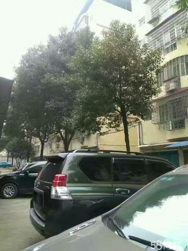 祁东新区法院2层带车库新装有证售69.8万4室178m