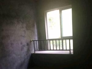 永和春天88万3室2厅2卫带入户花园毛坯