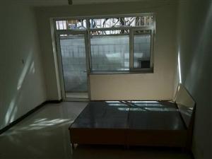 原平市利民街西二巷西二巷1室1厅1卫
