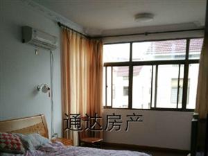 通达房产租飞达西路5室3厅300平米精装修