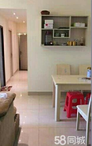 下江北凯旋城2室2厅80平米精装修押一付三