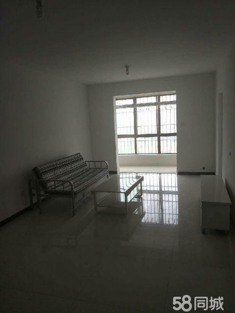 苏州花园丨3室2厅120平米中等装修半年付