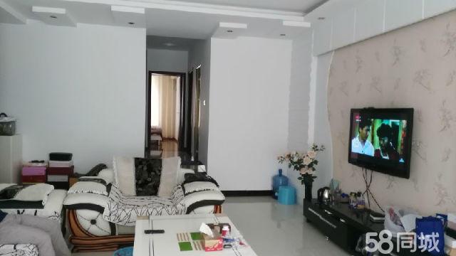 泸县河滨尚院精装三室出售120�O