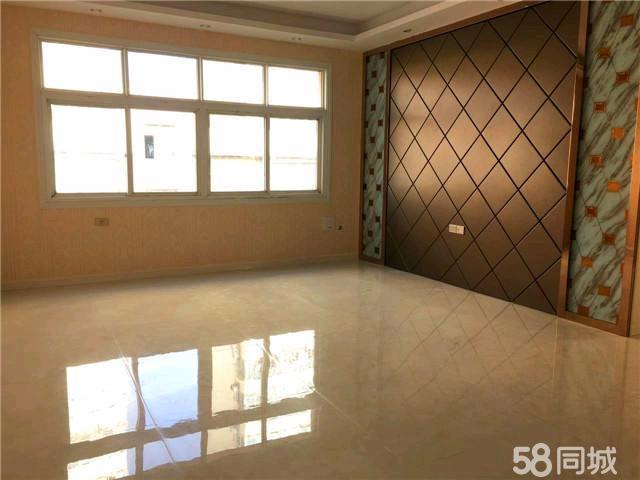 江边裕江花苑3室2厅2卫132�O跃式精致装修婚房首选