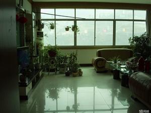 旬阳海事局住宅楼3室2厅2卫180平米
