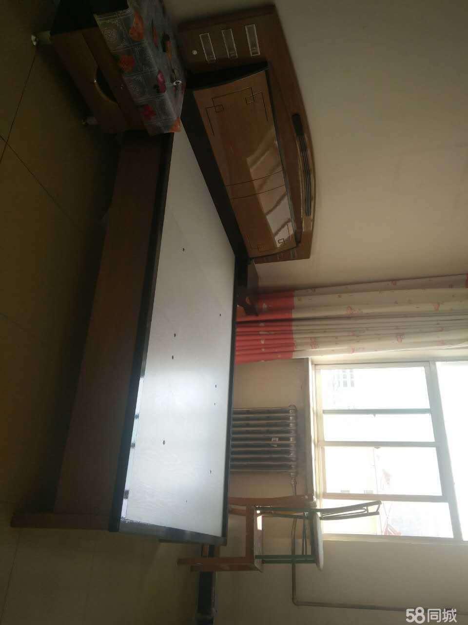 武山东关五建家属3室2厅115平米简单装修年付