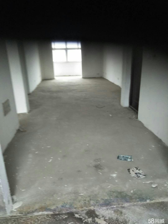 广场景苑小区3室2厅1卫110平米