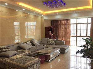 鑫盛时代家具齐全3室2厅130平米精装修年付