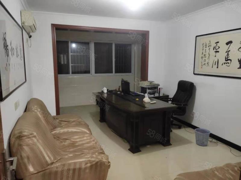 惠民三期 2楼简装大三室 硬装完毕未住过人 有车库可贷款