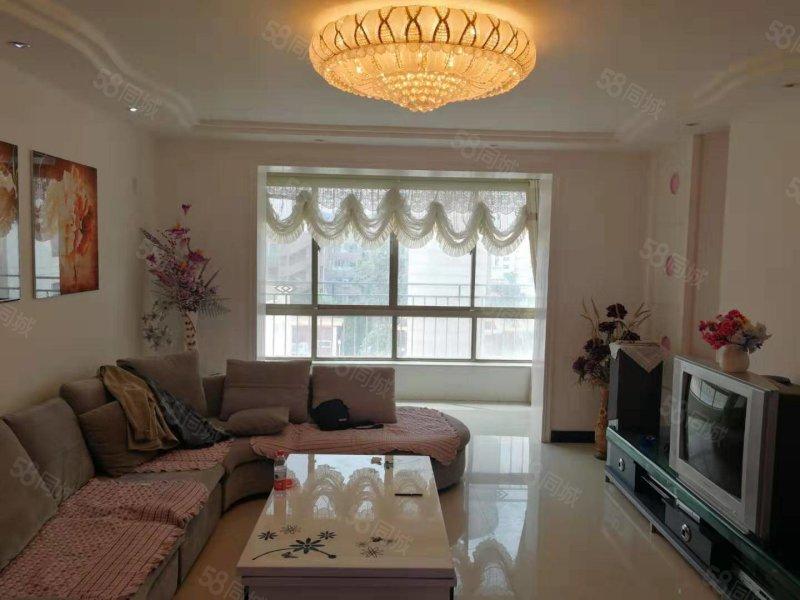 龙泽苑102平米3室精装4楼带地下室65万可按揭可优惠