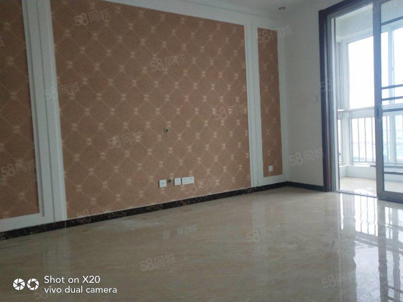 壹公館電梯好樓層 91平大兩室精裝未住帶儲藏室7平65萬