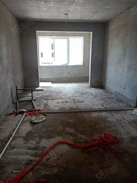 黄河路中州路铁路小区纯南户客厅卧室朝阳一手房合同 随时看房