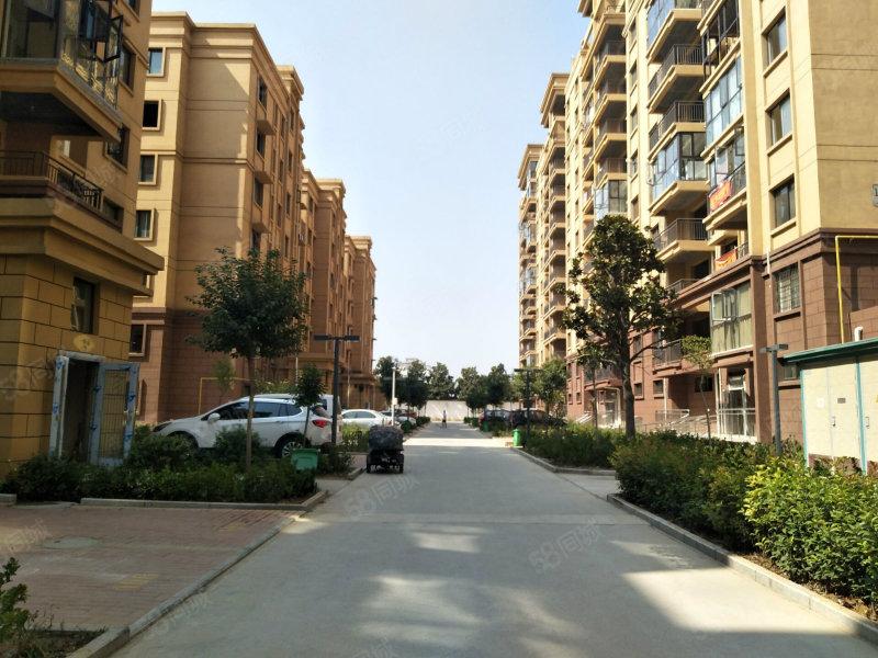 上海城 68万 一楼带院 大产权房 紧邻槐园 高速路口