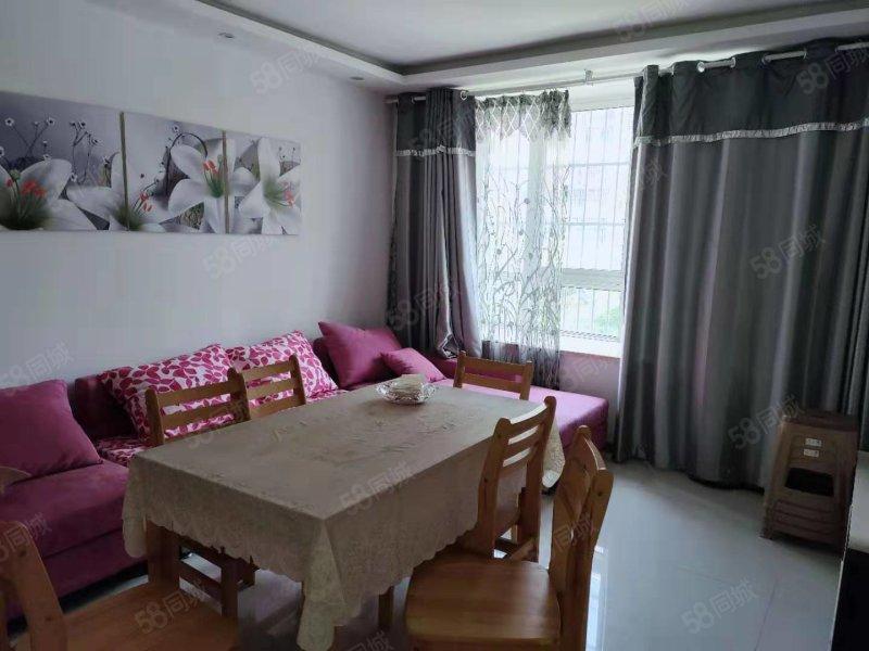 金色家园二期,多层低楼层精装106平三室76万,靠临河菜场