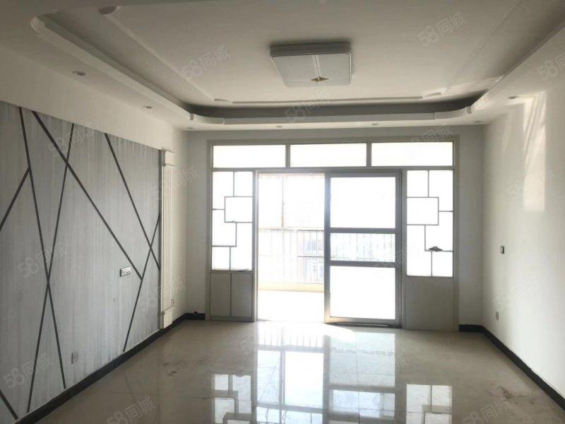 珑园古镇11楼111平3室2厅1卫中等装修未入住62万