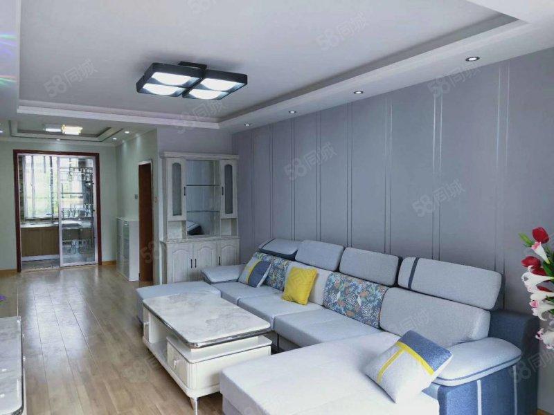 倉后街,3樓,兩室兩廳,90平米,精裝地暖直通結構出售!