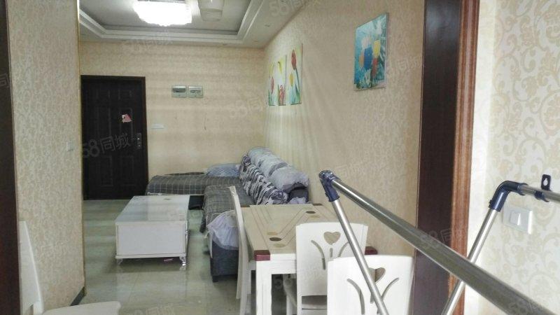 市中心中天国际中等装修的房子现在出售57平2室中间楼层