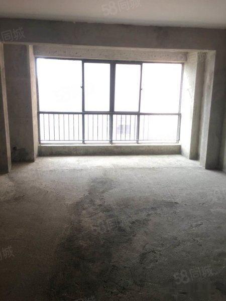 汉水名城阅府143平米3室2厅2卫南北通透可按揭,签一手合同