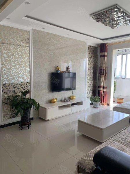 鴻翔城精裝修兩居室,家具家電全送,首付30萬