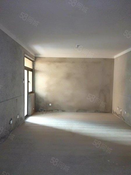 徽盐新天地,三室两厅,黄金楼层,学区好房,黄金位置