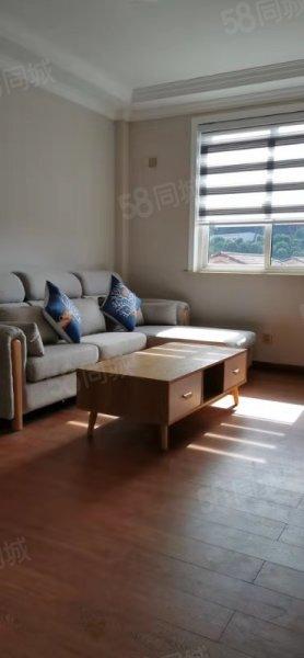 富都花园 4楼72平方棚12平方2012房精装115万位置佳