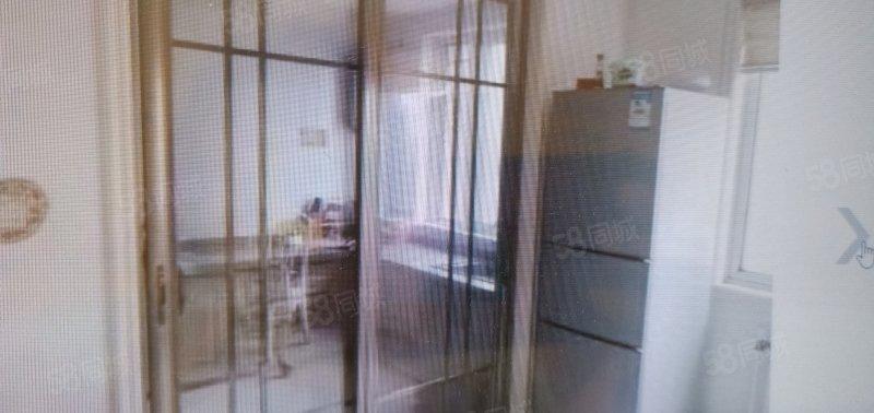 出售 杭州湾 3楼 140平 三室两厅 精装