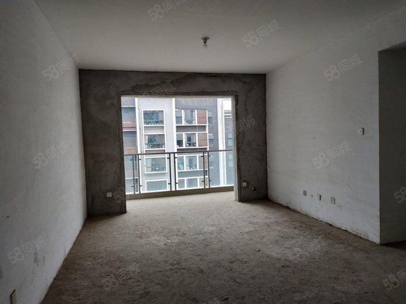 优置居房产售天河望江郡三室两厅两万非顶楼有钥匙看房方便