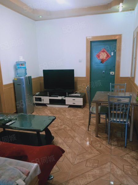 东苑小区7楼,2室,80平米,44万,有房产证可办按揭采光好