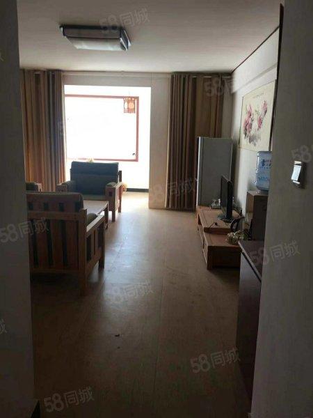 翡翠新城4楼78平米2室中装带家具家电43万元有证可贷款