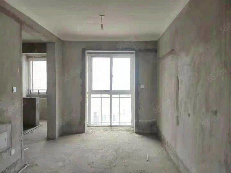 汉景苑 三室两厅两卫 有储藏室 9楼毛坯