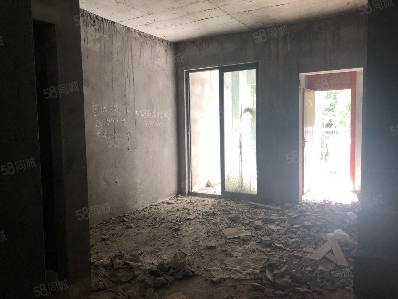 滨江国际三室一厅两卫,100平,只卖66万好房子越来越少