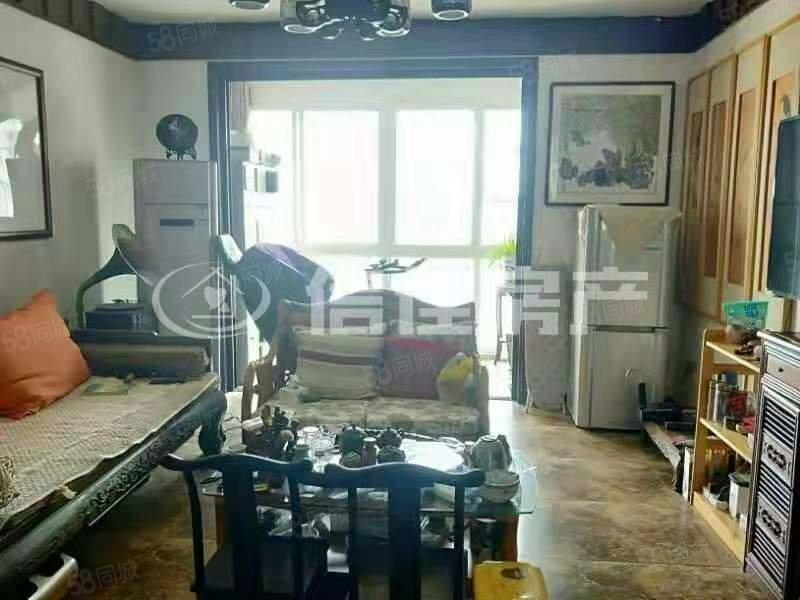 龙润康城精装三居室 有证满两年可按揭 送部分家具家电 好楼层