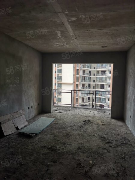 江北电梯现房 温馨两居 34.5万 首付11万 马上可以装修