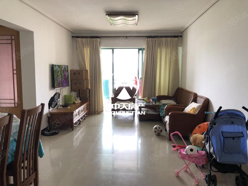 鸿洲时代海岸 精装修2室2厅 好地段 好环境 业主诚心出售