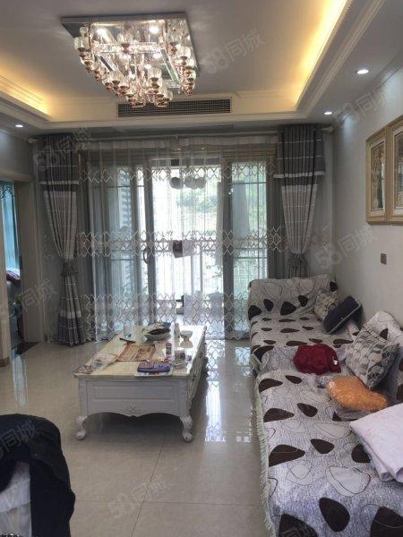 飞洋世纪城,精装温馨3室,诚心出售,随时看房。