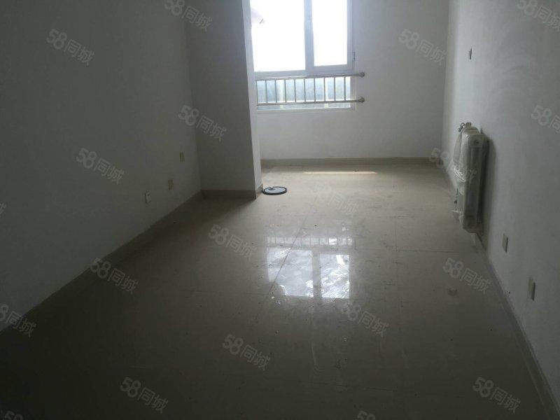 張家莊安置 108平三室 新房未住 帶儲藏室 50萬可議