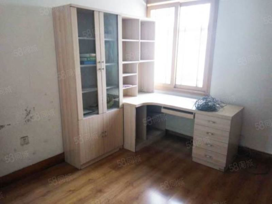 明珠翠竹园家具家电齐全随时看房先到先得带露台卧室有空调
