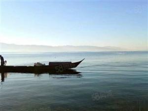 火:樱花谷一线海景房,和抚仙湖做邻居。