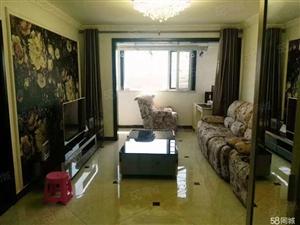 巴塞罗那出售带小院,高档小区
