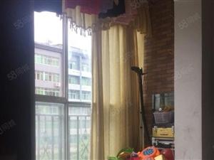 龙泉丽都3室2厅2卫精装修位置好上学方便