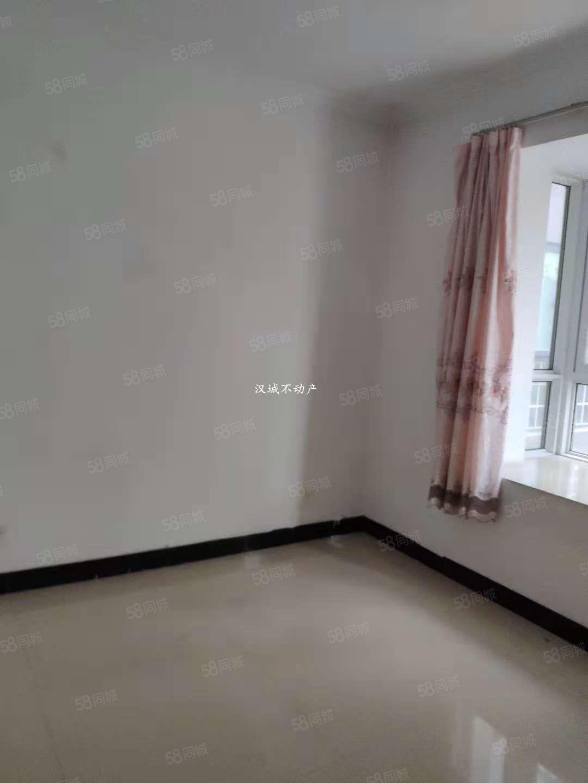 玉泉路(壹品峰境)两室精装空房出租适合办公随时看房