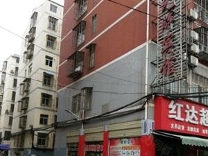 城南新区金典家园旁毛坯大三房出售来电可随时看房