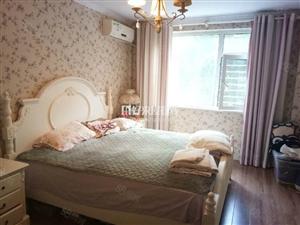 曼哈顿B区1楼带仓房婚装家具家电全送欲购从速!