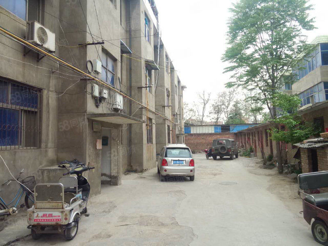 单位家属院实用面积大简装5楼