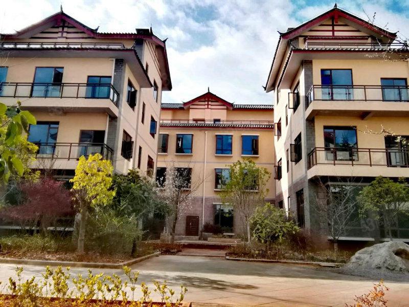 轻漾酒店包租10年,面积30到50平精装修,5年租金一次返