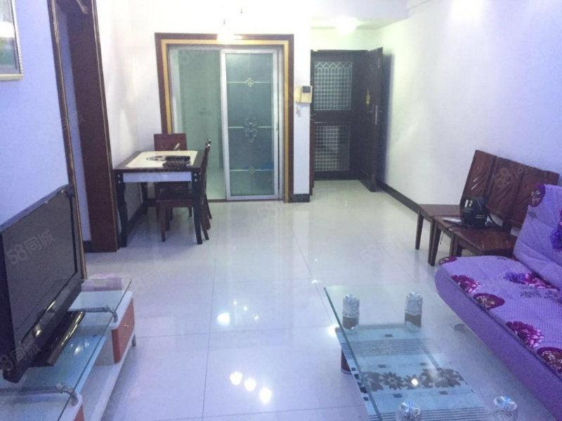 金宝创业家园电梯房2房带全套家私家电1600/月随时看房