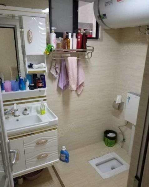 祥和商业广场2室精装60平2000/月楼层低家具齐X
