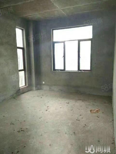 天域阳光一期独栋带大院子房东诚售215万可贷款满两年