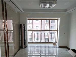 职教集团精装3房中间楼层合有钥匙